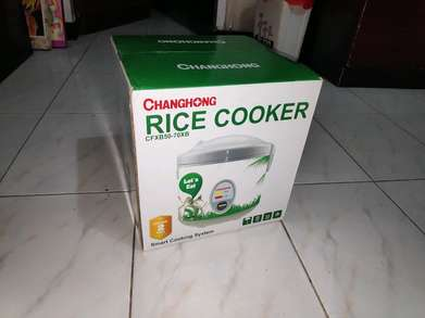 Rice Cooker Changhong 1.8 Liter Baru