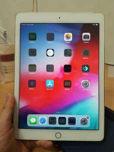 ipad air 2 64gb 4g LTE Zpa