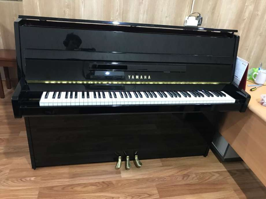 Upright Piano Bekas Yamaha JU109 | Piano Upright Klasik Akustik Second