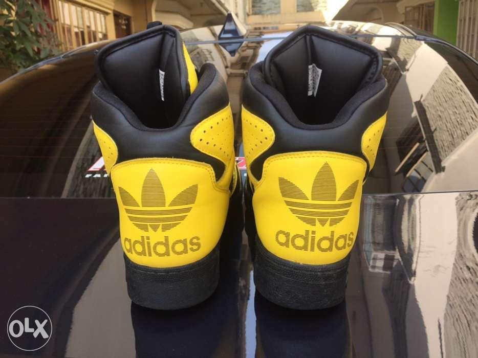 online store ecf2b e051b adidas Originals by Jeremy Scott Instinct Hi Yellow ...