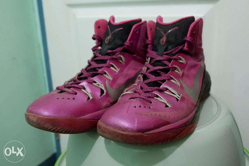 the best attitude fec9a 97cdf Nike Hyperdunk 2014 Breast Cancer Pink Black Basketball Shoes Size 10 ...