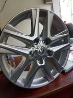 Toyota land cruiser v8 zx rims