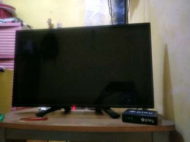 "TV LED Sharp 24""inch"