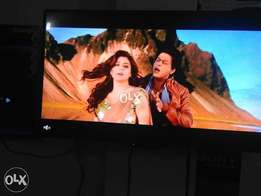 "Excellent Picture,Smart 52""Size^Samsung Led Tv."