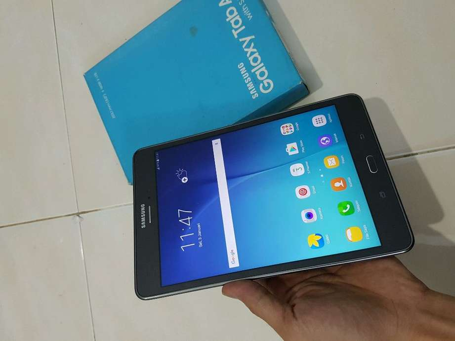 """Samsung Tab A With S Pen 8.0"""" inch Mulusss Lus Lengkap Normal Mal"""