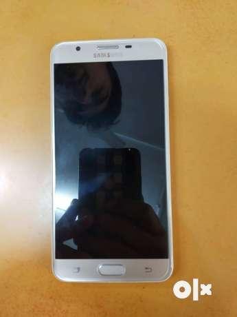Model - Samsung j7 prime Gold Ram - 3 GB ROM - 16