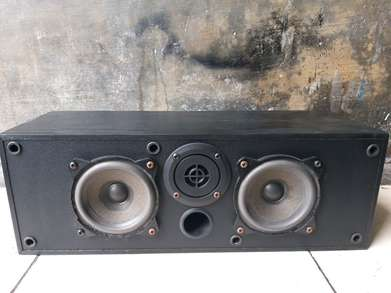 speaker center Wharfedale made in England