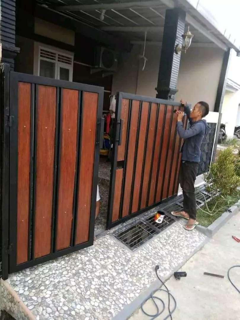 Pagar Minimalis Grc Motif Kayu - Konstruksi Dan Taman - 799876638