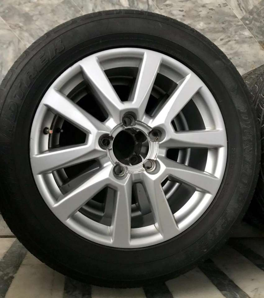Toyota Land Cruiser 2010 Zx Alloy Rims Cars Accessories 0