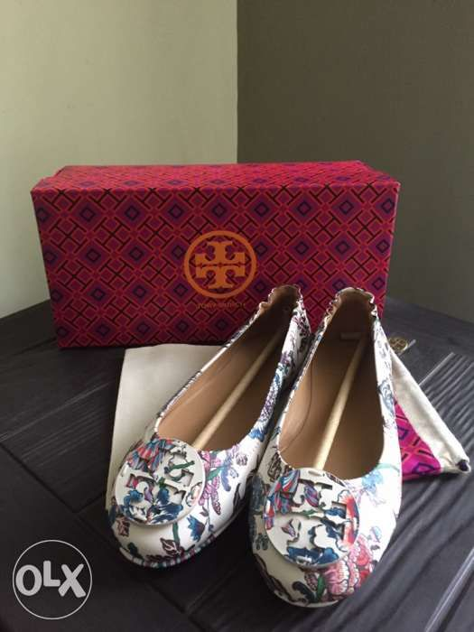 27dbcbc68 Authentic Tory Burch Minnie Ballet Flats in Happy Times US 6 in ...