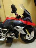 BMW charging bike good condition