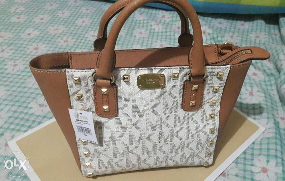 Michael Kors Crossbody Bag in Manila eafde1b01c072