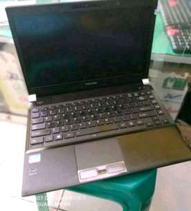 Weekend sale serba murah laptop Dell-Hp-Fujitsy-Lenovo