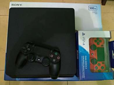 playstation 4  ps4 slim 500gb fw 5.05 dapat 2 stik