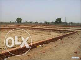 ghouri town phase 4c2 ideal location 2nd corner 5 mrala plot