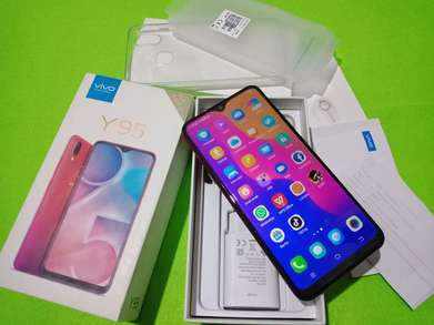 vivo y95 red istimewa
