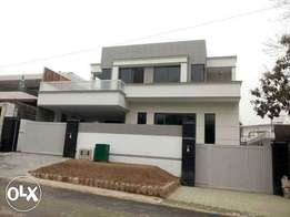 F-10 What A Stylish 600Sq Yrds Ground Portion With Srvnt/Q For Rent