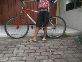 Sepeda Bekas Jual Sepeda & Aksesoris Terlengkap di Jawa