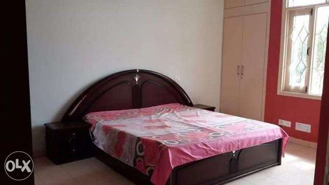 Girls Hostel-Johar Town.near CANAL Attched bath,Giesr,Calm.Home Atmosp