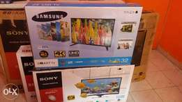 Curved smart ,,samsung 32inch smart led tv made in malaysia