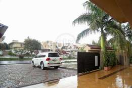 F10-/4 New Stylish 5Bed,Full House With Huge Green Lawn (R) L