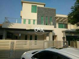 F11_3 Corner Beautiful 30x70 5Bed Triple Story Full House For Rent*