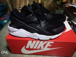 Data wydania: stabilna jakość jak kupić Nike huaraches - New and used Shoes and Footwear for sale in ...
