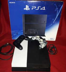 JUAL MURAH !!! PS 4 Jet Black 500GB. Full set + bonus 2 stick