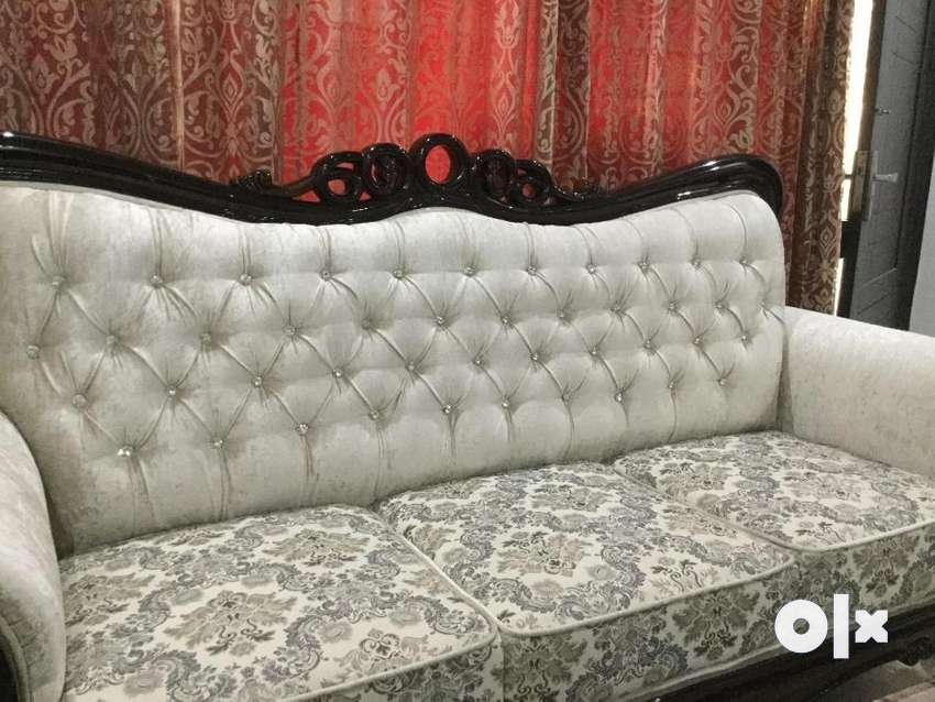 Brand New Sofa Set 7 Seater On Low Price Dining