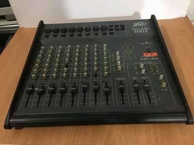 Peavey 8 channel streo mixer unity series 1002 made in usa