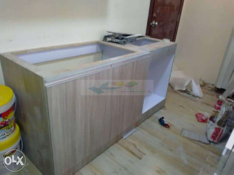 Customize Kitchen Cabinet And Dtrawer Full Laminated Wood In Manila