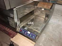 This is queen company pizza conveyor oven 18 inches belt brand new etc