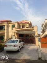 F-10 Prime Location 60/*90 Stylish Triple story House For Rent 8Bed