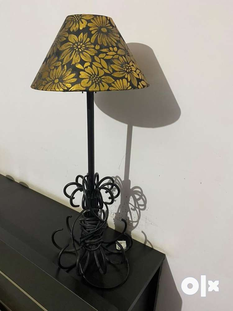 Iron rod lamp stand with lamp shade - Home Decor & Garden ...