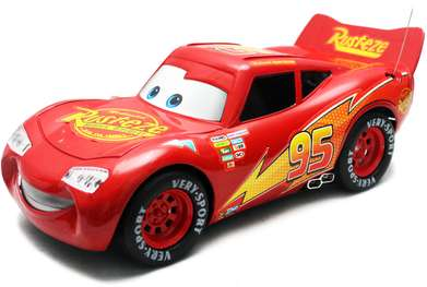RC Mobil Cas The Cars Lightning McQueen Rusteze Versi Merah Ngecharge