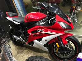 R six 600 cc sports heavy bike yamaha