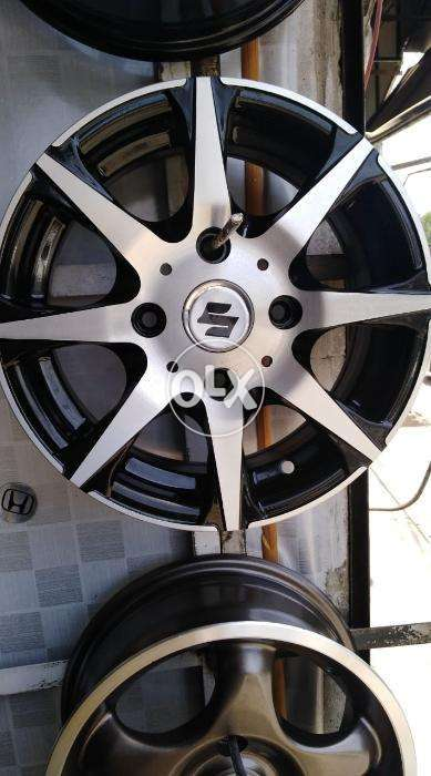 Used Car Rims >> New And Used Car Alloy Rims Tyres