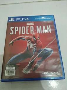 kaset bd ps4 spiderman mulus like new. Murah.