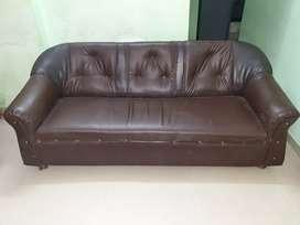Enjoyable Leather Sofa Used Furniture For Sale In Navi Mumbai Olx Beatyapartments Chair Design Images Beatyapartmentscom