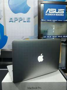 "MACBOOK PRO RETINA 13"" FULLSET. Editing, Rendering, Design. Garansi.!!"