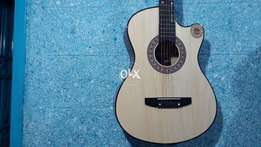 Eid Special Offer Flat 10% off on High Quality Guitars' Guitar's