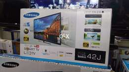 Accurate & Natural Colours Smart 42''Samsung Wifi Led's Rs.31,000/.