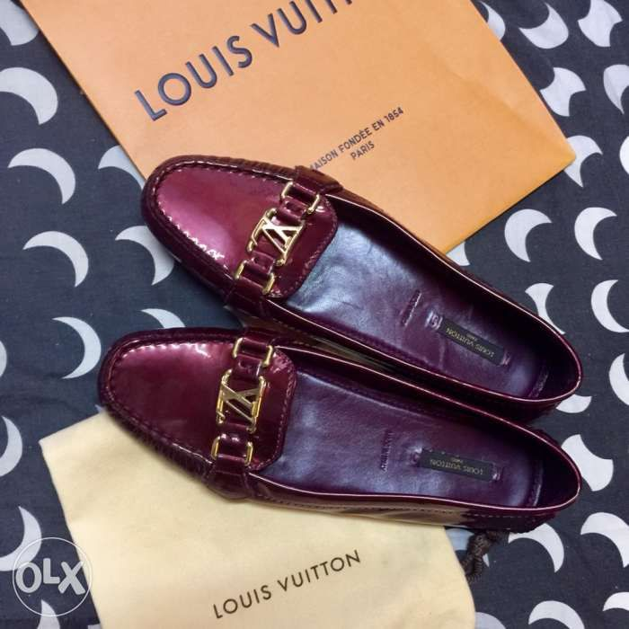 304188a4ccd ... Louis Vuitton loafers driving shoes women not hermes gucci prada lv ...