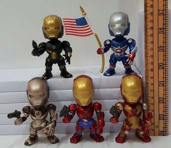 MainanAction Figure Iron Man Mini Isi 5