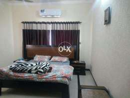 15 marla luxurious furnish house for rent available in bahria town
