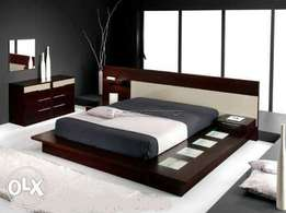 Black low height leather pedding bed