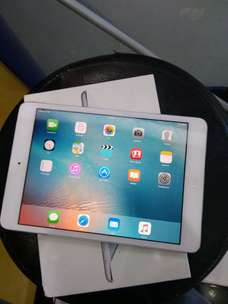 ipad mini 1 internal 64gb wifi cell lkp normal semua nya iCloud aman