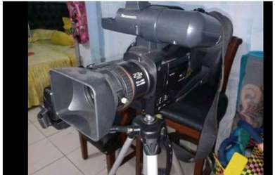 Video Camera Full hD panasonic MDH1