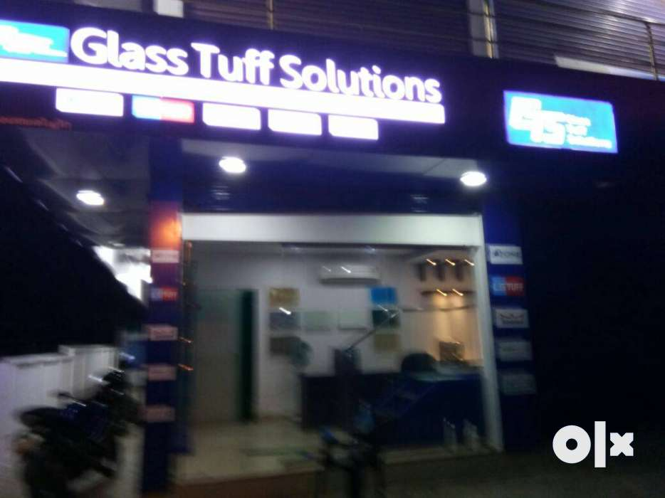 Fully maintained, security 24/7,24/7 water, total of 12 shops. Anchery Chira, Thrissur