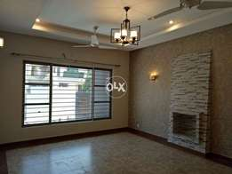 G-11 Cream location 3'Bed Upper Portion Separate Gate Best Living Area